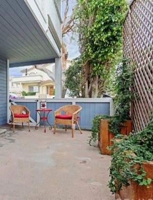 Privacy solution street facing patio for Outdoor deck privacy solutions