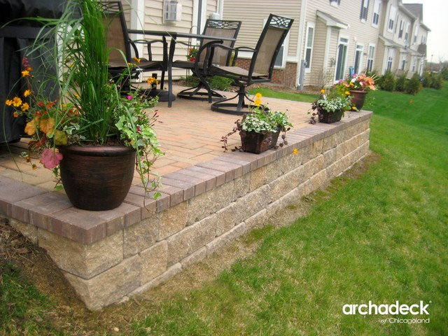 Belgard Paver Patio With Retaining Wall In Aurora Il   Patio Retaining Wall  Pictures .