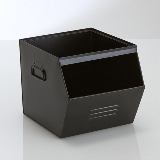 casier empilable m tal galvanis hiba contemporain bac et bo te de rangement. Black Bedroom Furniture Sets. Home Design Ideas