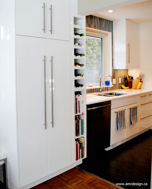 Are The Cabinets Akurum With Abstrakt High Gloss White Doors