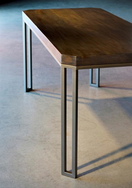 Davidson Dining Table 29in X 72in By Charleston Forge