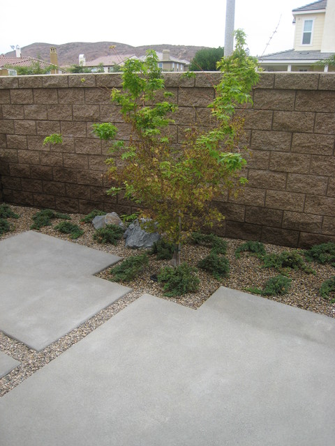 Tract home with custom landscape for Tract landscape architects