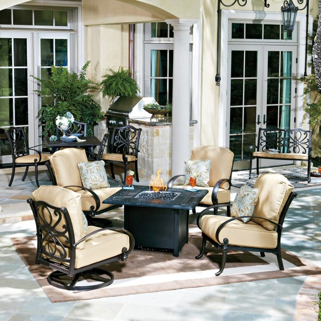 Woodard Holland Fire Pit Chat Set WD2450 Contemporary