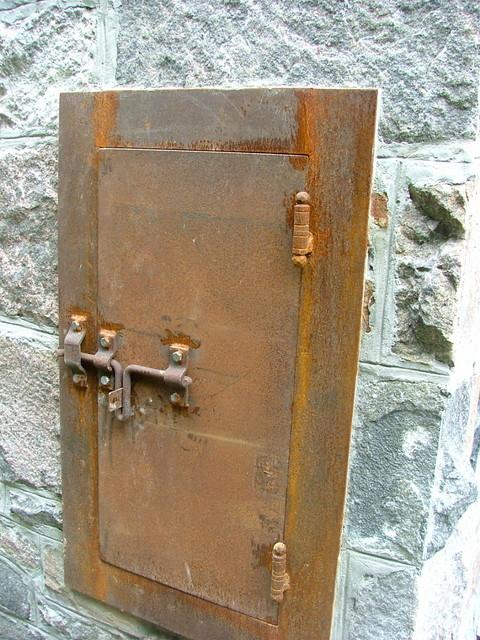 Stone work craftsman toronto by stone mason for Craftsman stone