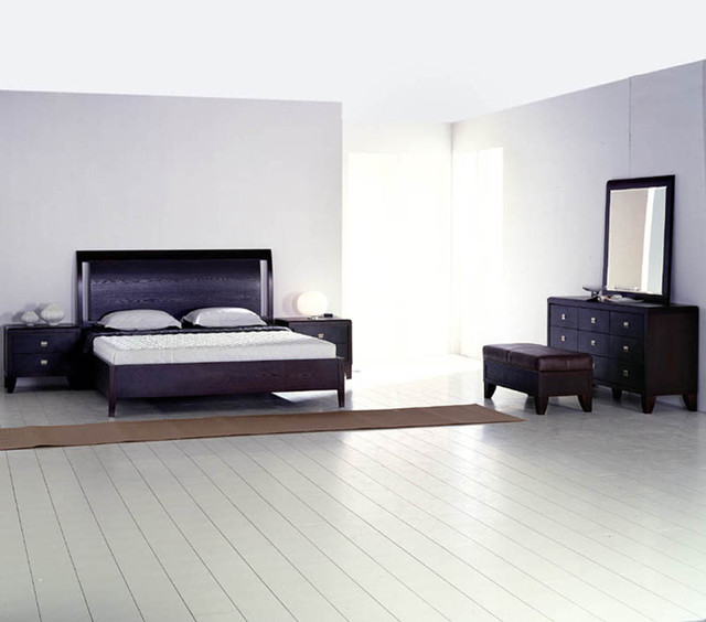 exclusive leather luxury bedroom set feat light traditional bedroom