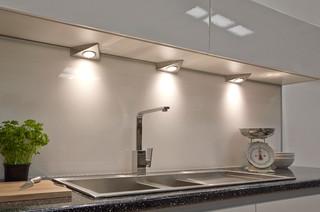 Triangle kitchen cabinet lights