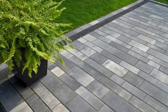 Unilock Artline Patio : Unilock artline paver front entrance from