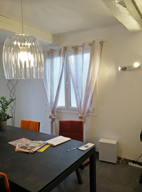 Choix couleur mur salon - Repeindre poele a bois ...
