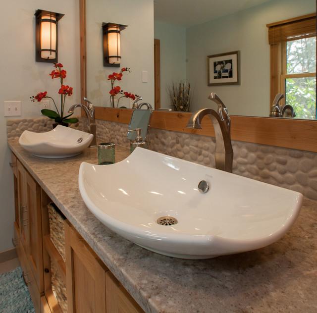 Bull Mountain Master Bathroom : home design from www.houzz.com size 640 x 632 jpeg 101kB