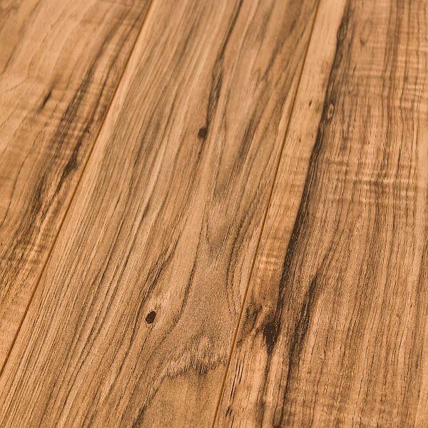 Inhaus evolution durango pecan 8mm laminate flooring for Pecan laminate flooring