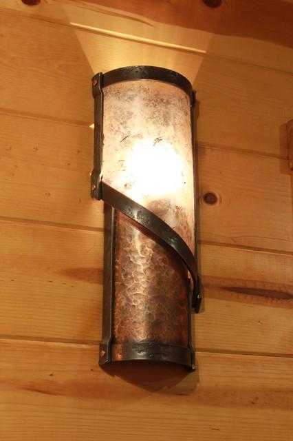 spiral copper and mica sconce rustikal wandleuchten. Black Bedroom Furniture Sets. Home Design Ideas