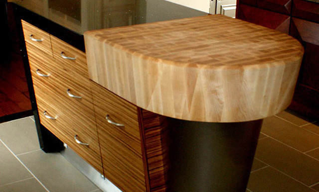maple butcherblock countertop with arc and bevel cut edge. Black Bedroom Furniture Sets. Home Design Ideas