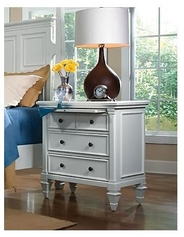 3 Drawer Nightstand With Pull Out Tray Ashby Bedroom