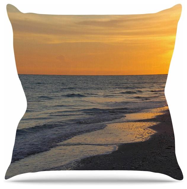 Modern Beach Pillow : Philip Brown
