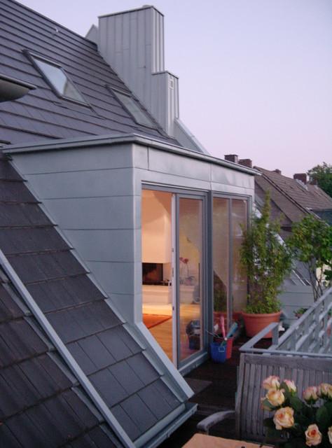 Balkon im dachgeschoss bauen: ein gro?er balkon dient im eg als ...