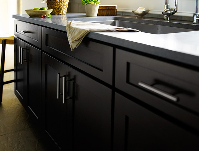 black kitchen cabinets dayton door style cliqstudios contemporary kitchen