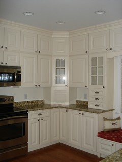 Stacking Stock Cabinets - Traditional - dc metro - by Creative Karpet & Kitchen Designs, Inc.