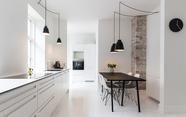 Bolig/indretning   modern   kitchen   other metro   by mick friis ...