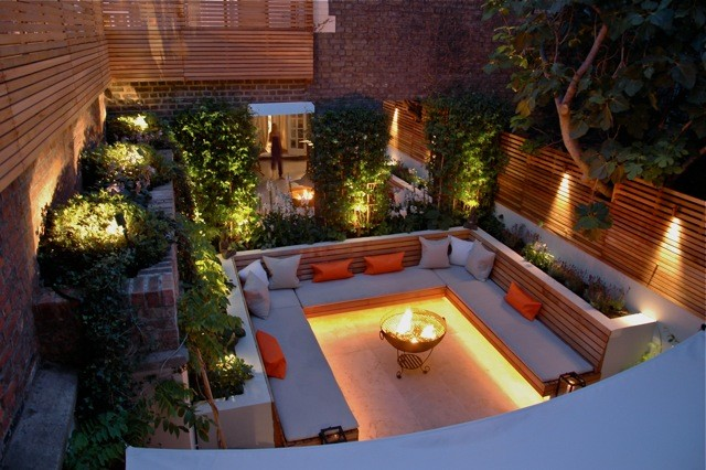 Urban West London Garden Uses Contemporary Slatted Screen