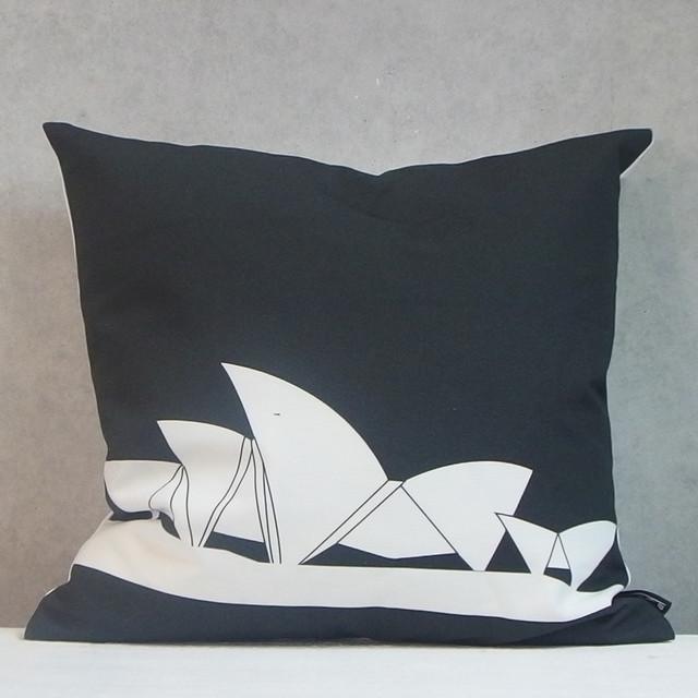 kissen contemporain coussin other metro par design. Black Bedroom Furniture Sets. Home Design Ideas