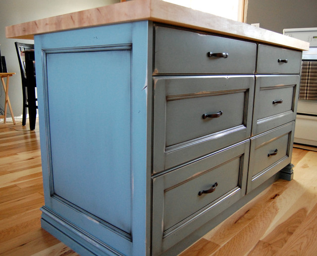 Kitchen & Bath - Rustic - Kitchen Islands And Kitchen Carts - Toronto - by Cabinet Effects