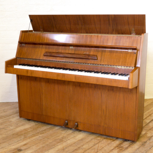 1950 39 s walnut piano by rogers. Black Bedroom Furniture Sets. Home Design Ideas
