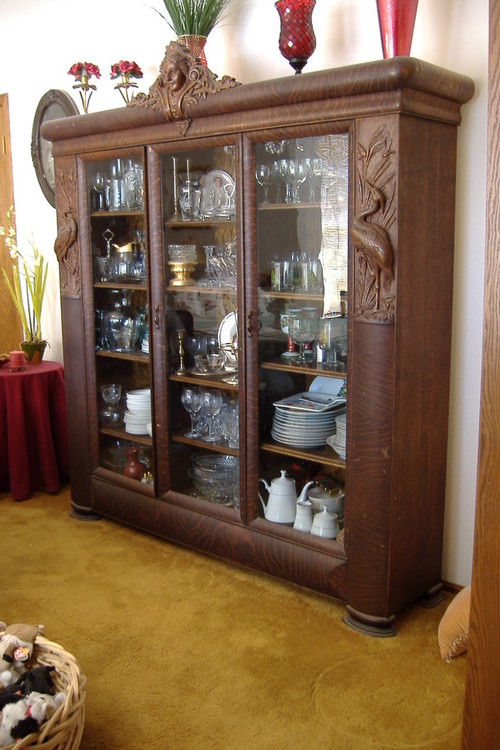Identify Style Of This Antique China Cabinet