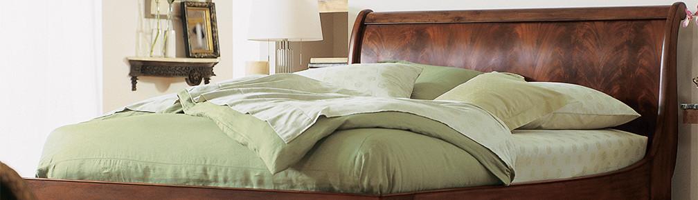 hampton bed. Black Bedroom Furniture Sets. Home Design Ideas