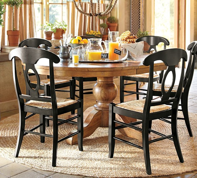 Sumner extending pedestal dining table traditional for Dining room tables pottery barn