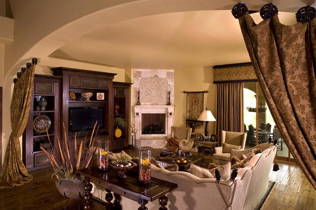 Mediterranean Family Room - Rustikal - Wohnzimmer - Sonstige - von ...