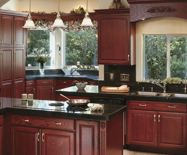 Canyon creek cornerstone shalimar in red oak with for Canyon creek kitchen cabinets