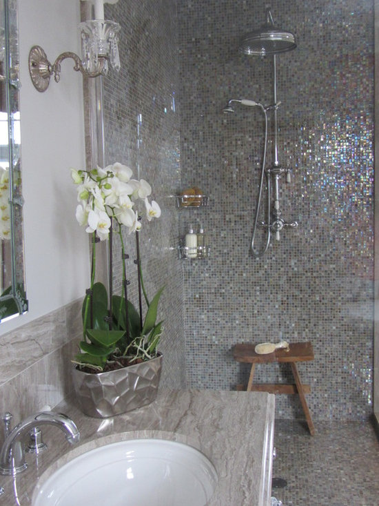 Sicis tile home design ideas pictures remodel and decor for Bathroom remodel 8x5