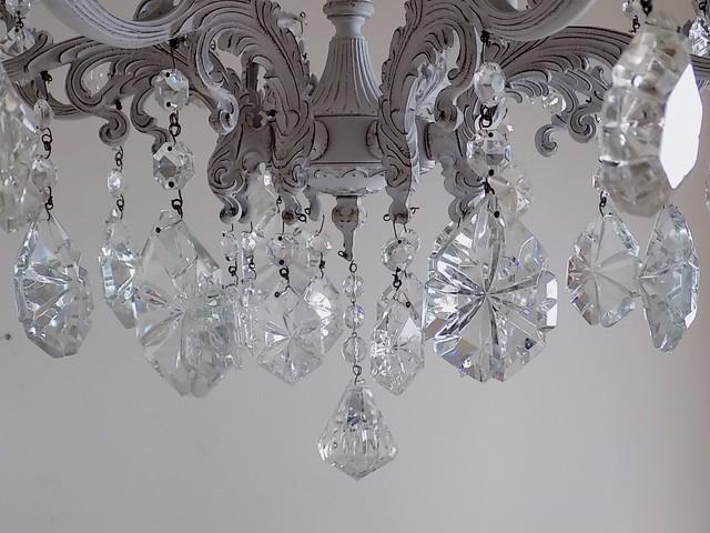 Light grey solid brass vintage chandelier lampadario for Lampadari vintage