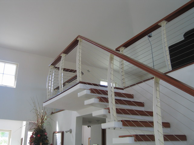 White Interior Cable Railing On Cantilever Stairs Contemporary Staircase Other By Keuka