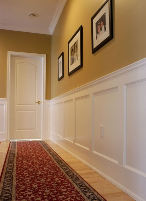 Recessed Wall Paneled Wainscoting