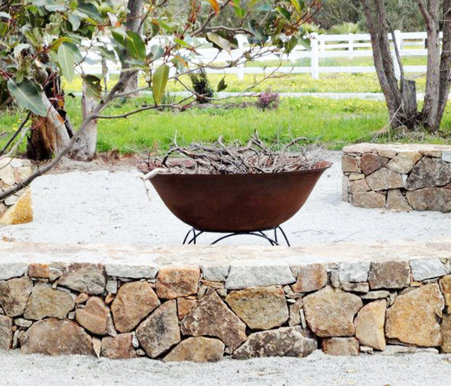Fire pits ethanol burners contemporary fire pits for Ethanol outdoor fire pit
