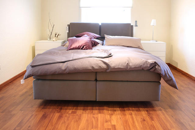 now by h lsta polsterbett boxspring. Black Bedroom Furniture Sets. Home Design Ideas