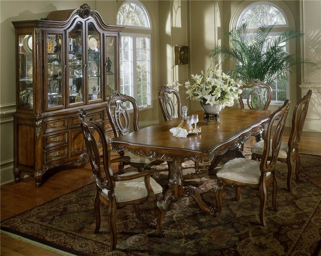 Fairmont designs repertoire dining collection for Fairmont designs dining room