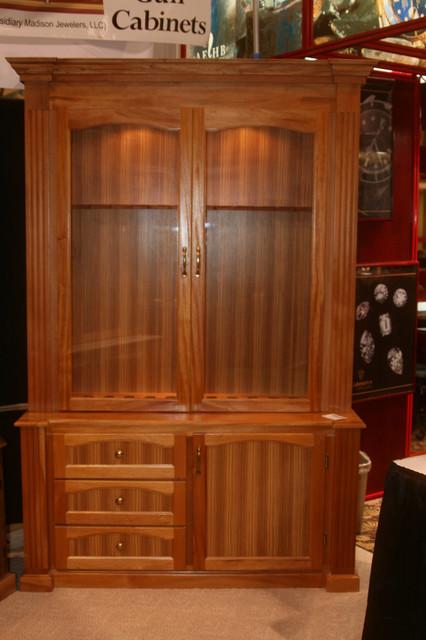 Mahogany Rifle Cabinet - orlando - by Figueroa's Fine Custom Furniture