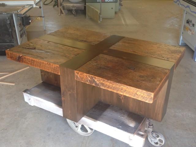 39x39 frame barn board coffee table for Barn board coffee table