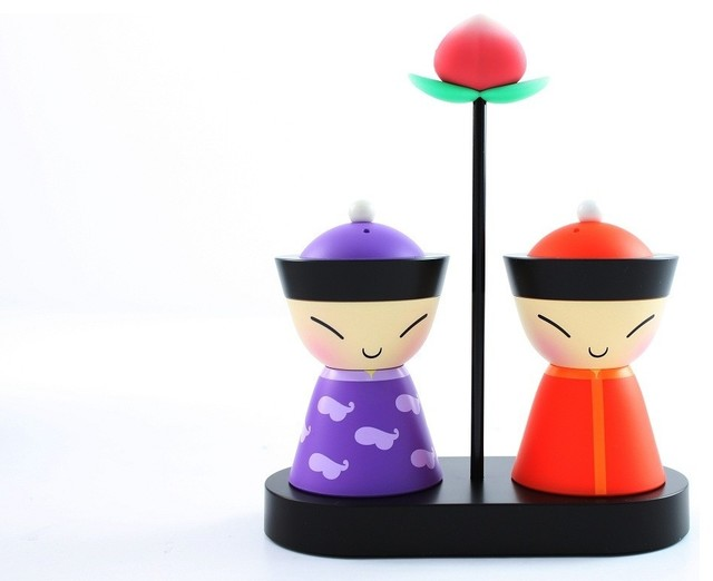 Alessi mr mrs chin salt and pepper shakers modern salt for Alessi salt and pepper shakers