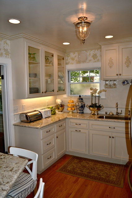 Tiny french country kitchen - Small country kitchen ideas ...