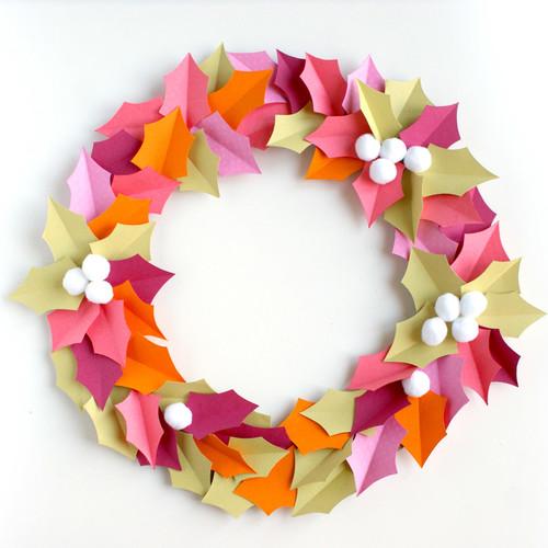 DiY Noël : couronne de houx acidulée