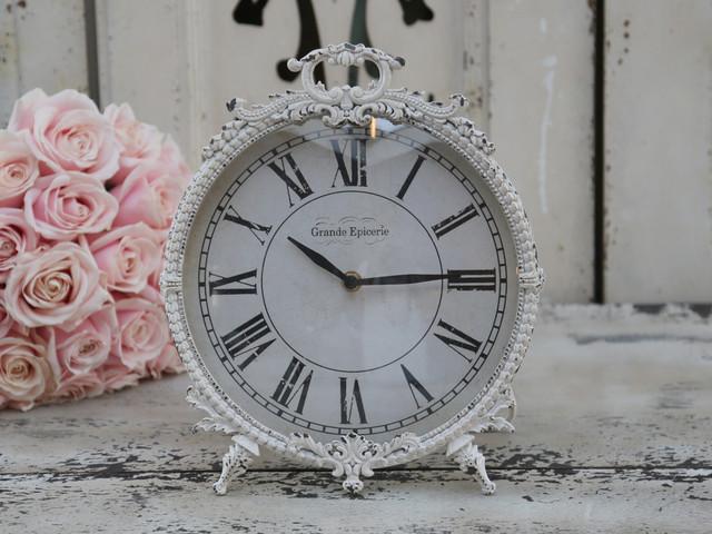 pendule poser blanc antique grande picerie par chic antique campagne horloge poser. Black Bedroom Furniture Sets. Home Design Ideas