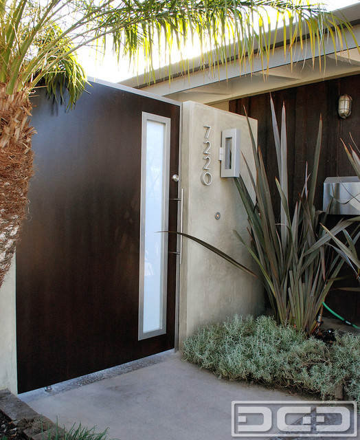 Los Angeles Ca Mid Century Modern Wood Garage Door Gate: Mid Century Swivel Gate For A Cliff May's Modern Rancho