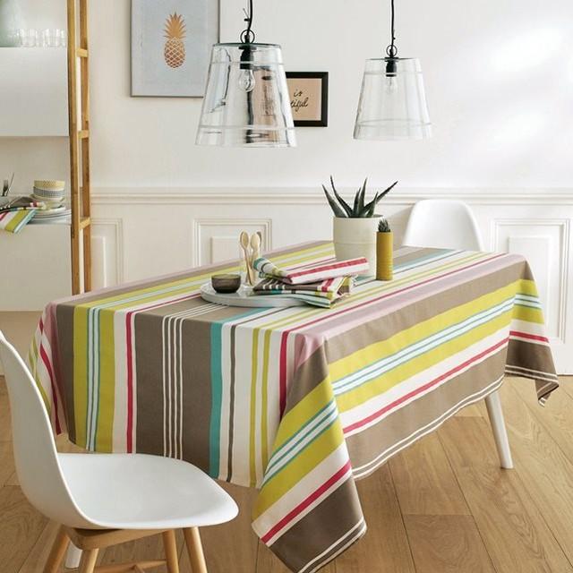 nappe ray e pur coton serg trait anti taches contemporain nappe par la redoute int rieurs. Black Bedroom Furniture Sets. Home Design Ideas