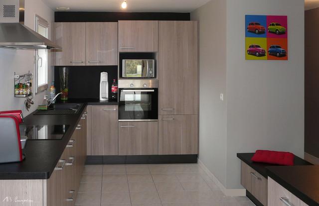 cr ation d 39 une cuisine moderne de caract re. Black Bedroom Furniture Sets. Home Design Ideas