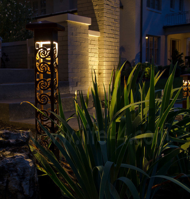 Decorative Outdoor Lighting: Decorative Steel Bollard Lights