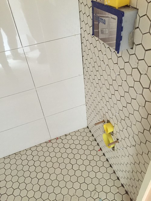 Help Off White Hex Floor Tiles Clash With White Wall