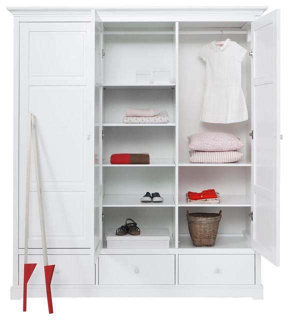 Children 39 s luxury 3 door wardrobe in white by oliver for Childrens wardrobes uk